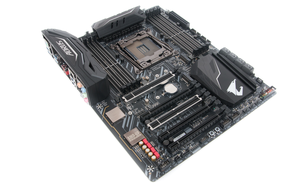 Gigabyte X299 Aorus Gaming 3 Review