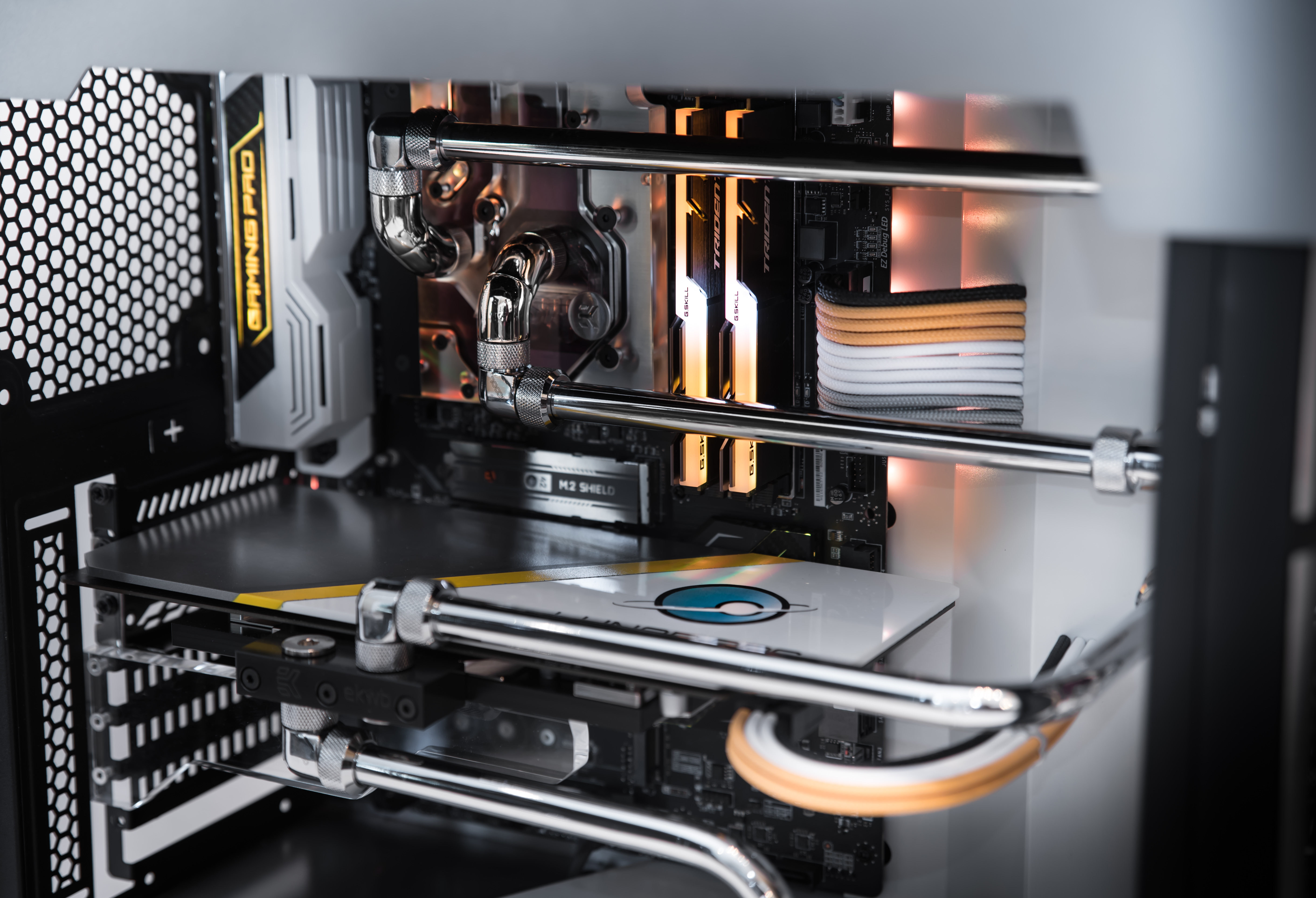 Water-Cooling with Hardline Tubing Guide: Brass and Carbon
