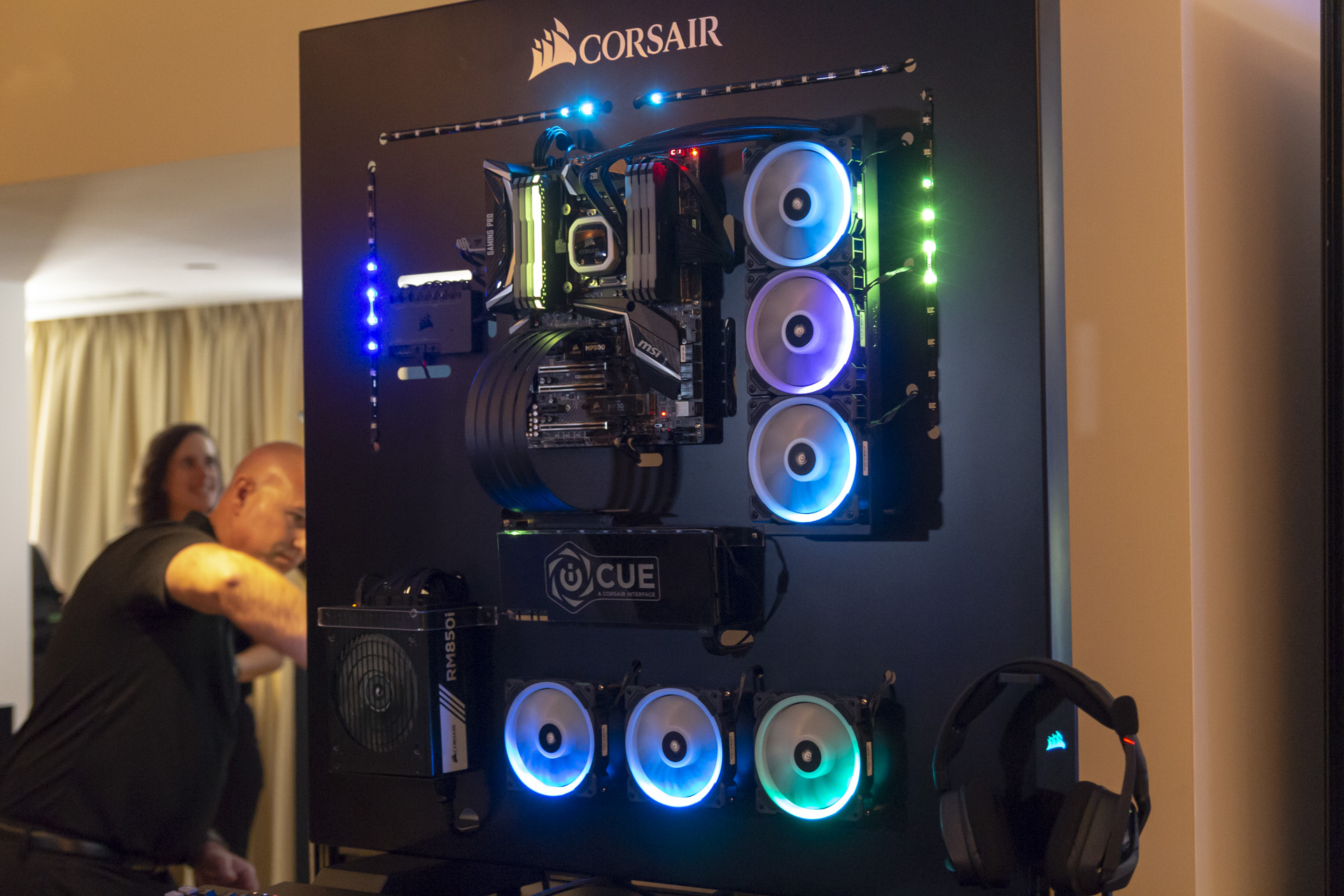 Corsair showcases iCUE software, Vengeance RGB Pro memory