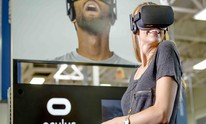 Oculus VR cuts Rift, Touch Controller bundle to £349