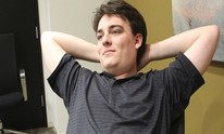 Palmer Luckey reportedly donates to Revive development