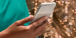 HTC inks £820 million smartphone sale to Google